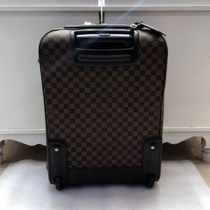 Louis Vuitton 路易·威登经典行李箱
