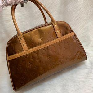 Louis Vuitton 路易·威登香槟金漆皮压纹珍妮手提包