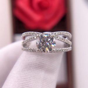 钻石  奢华经典1.01克拉E色女士四爪钻石戒指