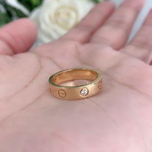Cartier 卡地亚love系列玫瑰金一钻戒指