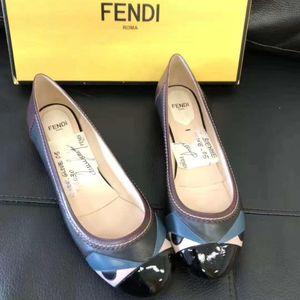 FENDI 芬迪女士眼睛平底鞋37码