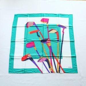 LOEWE 罗意威FJ08044绿边高尔夫球杆图案重磅真丝丝巾