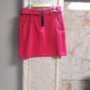 Armani Exchange 阿玛尼红色半身裙