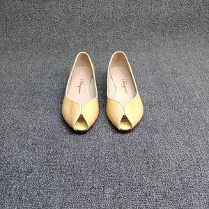 Ferragamo 菲拉格慕凉鞋