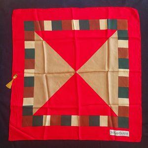 Yves Saint Laurent 伊夫·圣罗兰FJ05049红边三角几何艺术丝巾