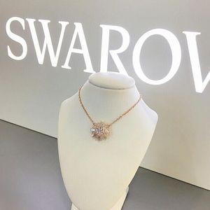 SWAROVSKI 施华洛世奇太阳花水晶项链
