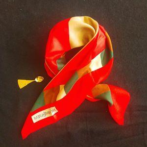 Yves Saint Laurent 伊夫·圣罗兰红边三角几何艺术丝巾