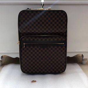 Louis Vuitton 路易·威登棕棋盘行李箱