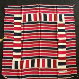 Yves Saint Laurent 伊夫·圣罗兰FJ05040红蓝灰丝巾