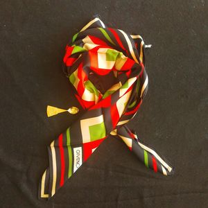 GIVENCHY 纪梵希FJ05054红绿黑G格丝巾