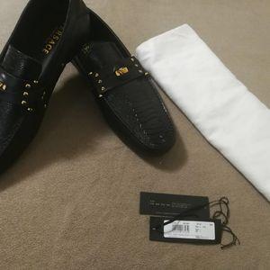 Versace 范思哲鳄鱼纹平底鞋