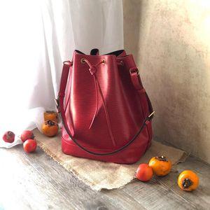 Louis Vuitton 路易·威登红色水波纹大香槟桶水桶包