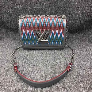 Louis Vuitton 路易·威登Twist限量款单肩斜挎包