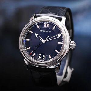 Blancpain 宝珀钢款自动机械腕表