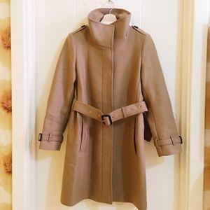 Burberry 博柏利经典驼色羊毛大衣