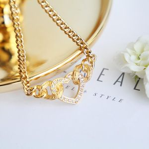 Dior 迪奥闪钻字母logo心形坠金丝项链锁骨链