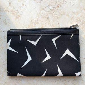 Yves Saint Laurent 伊夫·圣罗兰帆布拼皮小号手拿包