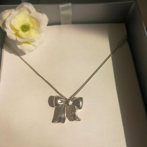 Tiffany & Co. 蒂芙尼XL02002蝴蝶结925纯银艺术坠细丝项链