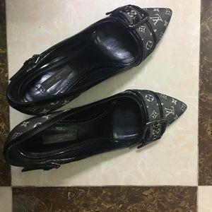 Louis Vuitton 路易·威登牛仔丹宁尖头小猫跟高跟鞋单鞋