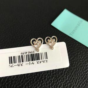 Tiffany & Co. 蒂芙尼925银爱心花耳钉