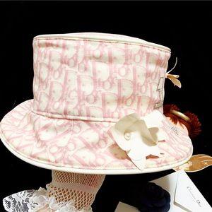 Dior 迪奥限量款老花镶钻珍珠花饰名媛礼帽