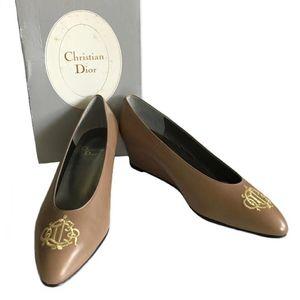 Dior 迪奥刺绣logo高跟女鞋