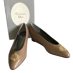 Dior 迪奥刺绣logo高跟鞋