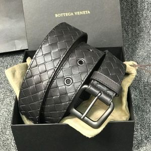 Bottega Veneta 葆蝶家男士深棕色牛皮腰带