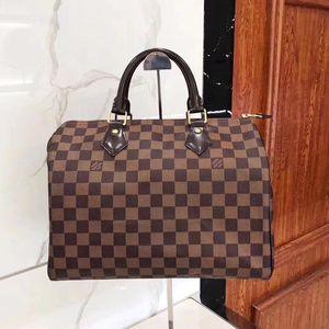 Louis Vuitton 路易·威登经典棕色棋盘格枕头包
