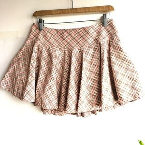 Burberry 博柏利YF04019浅粉格纹蛋糕短半裙