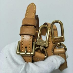 Louis Vuitton 路易·威登变色皮蜜色可调节肩带