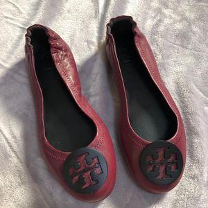 Tory Burch 托里·伯奇酒红色超柔软舒适女士平底鞋