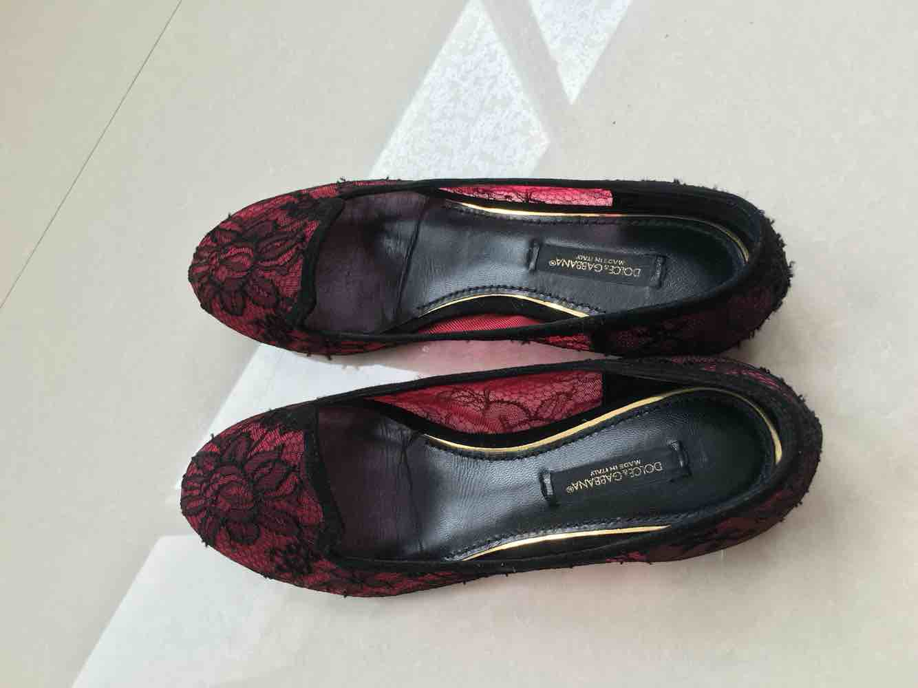 DG杜嘉班纳蕾丝平跟鞋