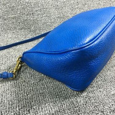 PRADA普拉达全皮荔枝纹手提包