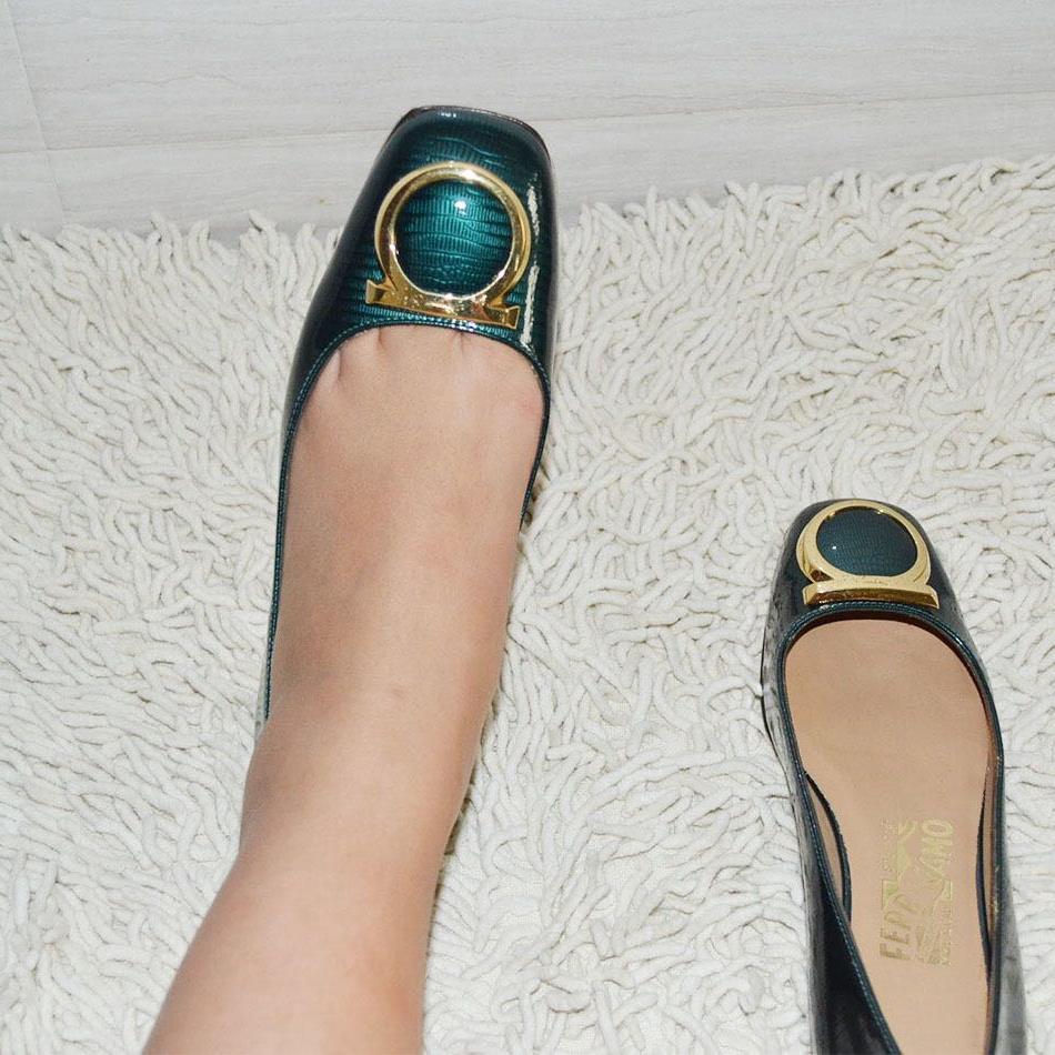 Ferragamo菲拉格慕平跟鞋