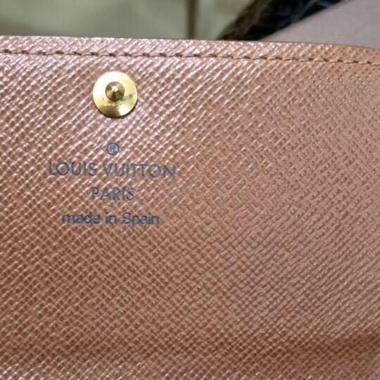 LV路易·威登短款钱包