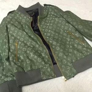 LV路易·威登军绿色外套
