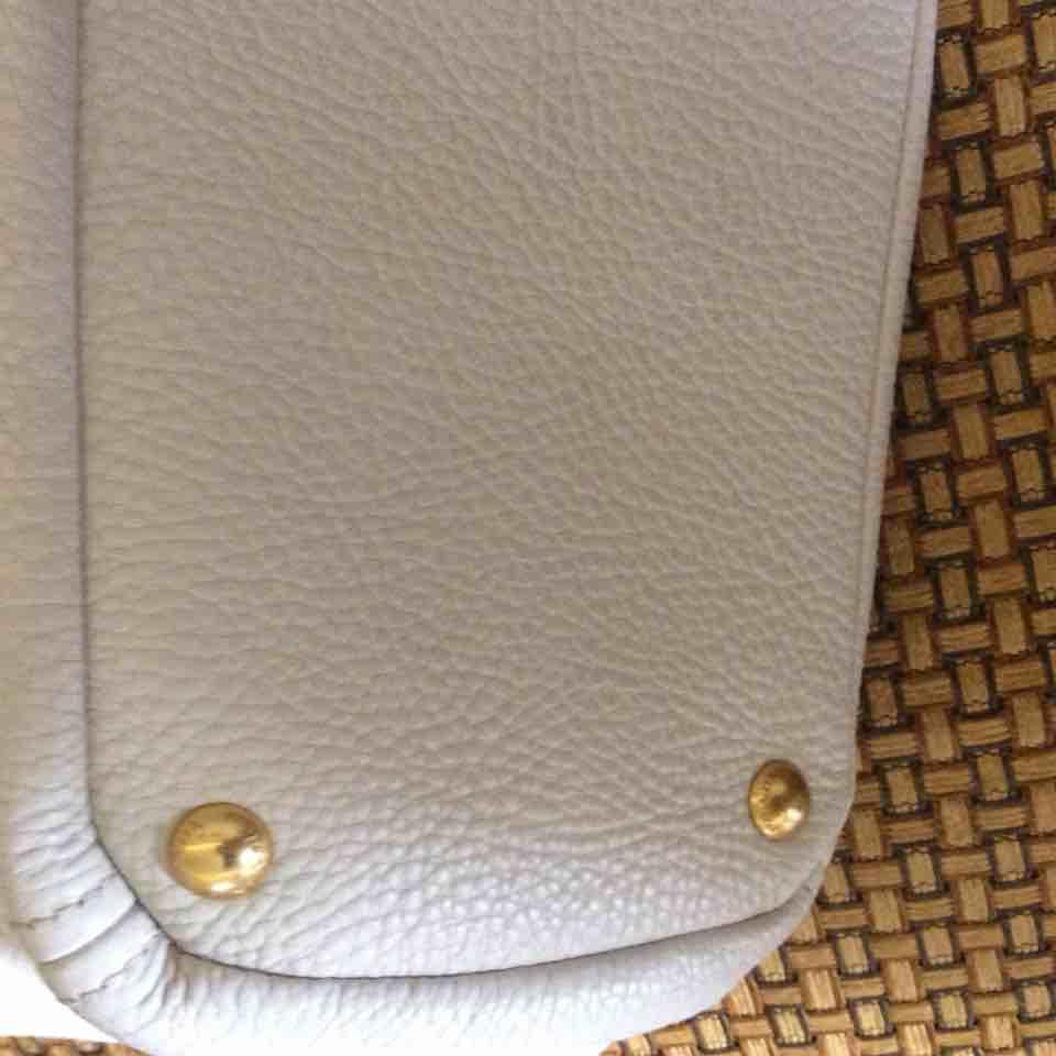 PRADA普拉达白色全皮手提包