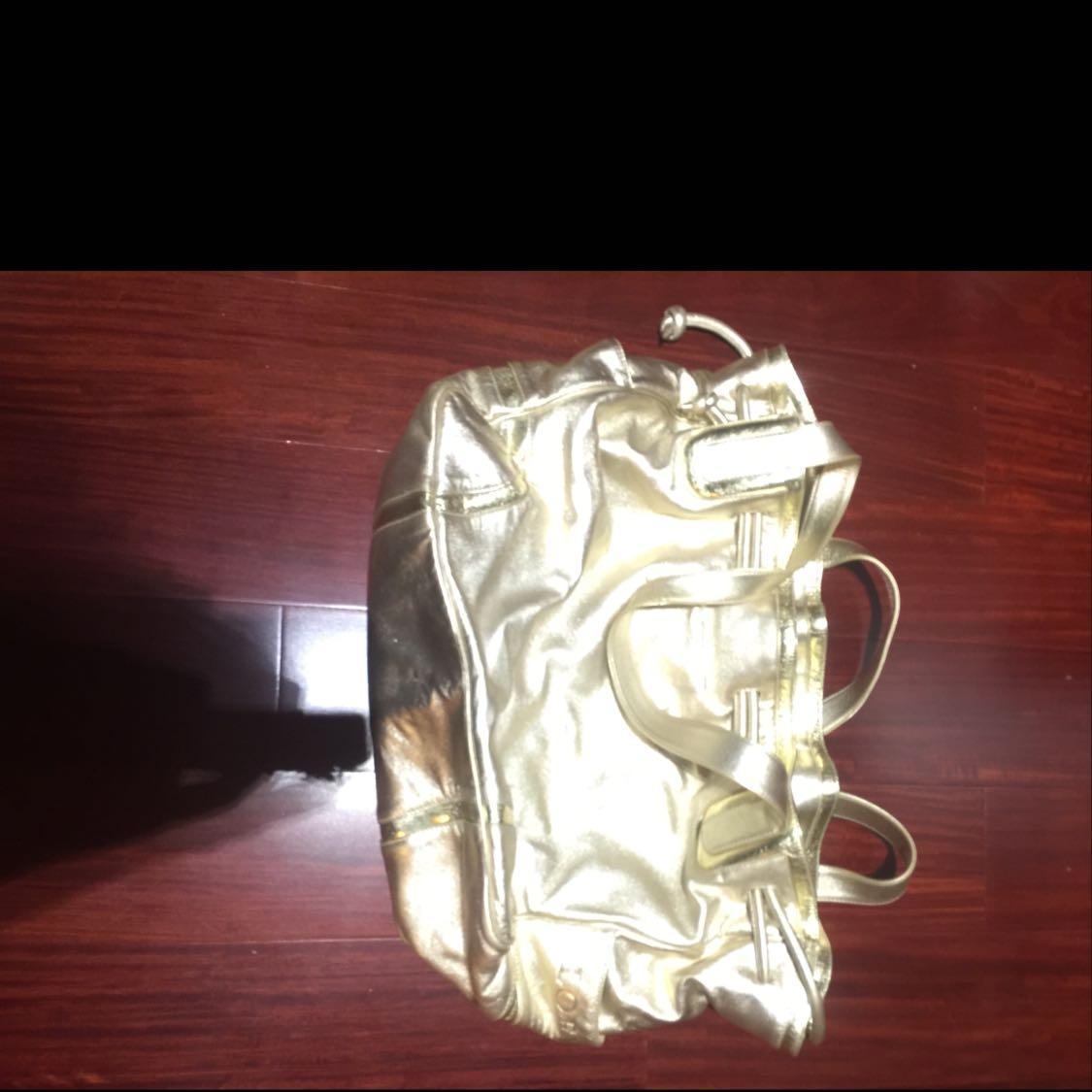 Loewe罗意威金色羊皮手提包