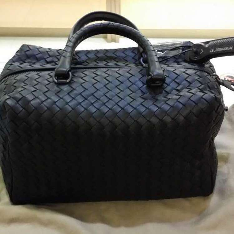 BV宝缇嘉手提包