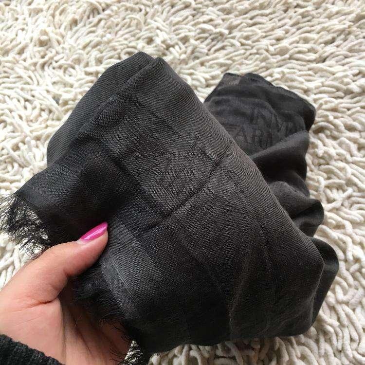 Emporio Armani围巾