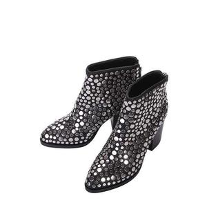 亚历山大·王黑色高跟靴子