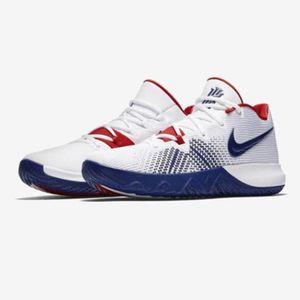Nike 耐克 Kyrie Flytrap EP欧文4代简版篮球鞋