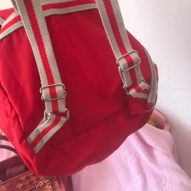 lesportsac包包价格_LeSportsac乐诗播红色双肩包-心上共享平台