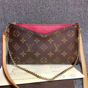 Louis Vuitton 路易·威登老花传奇斜挎包
