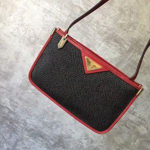 Yves Saint Laurent 伊夫·圣罗兰红色信封包