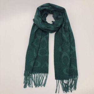 COACH 蔻驰绿色logo厚款羊毛围巾