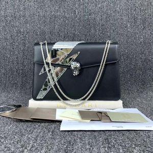 BVLGARI 宝格丽19年新款蛇头包黑色链条包