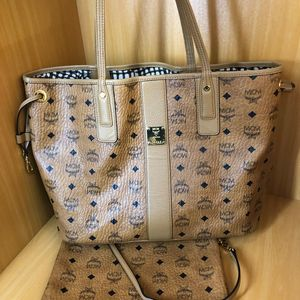 MCM  购物袋