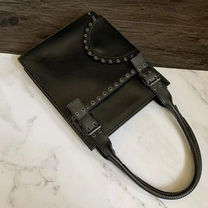 Yves Saint Laurent 伊夫·圣罗兰全皮手提包